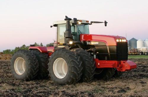 трактора Buhler Versatile Серии: 2335 (335 л.с.), 2375 (375 л.с.)
